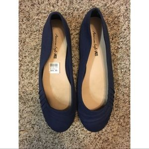 American Eagle by Payless Navy Flats (cloth)